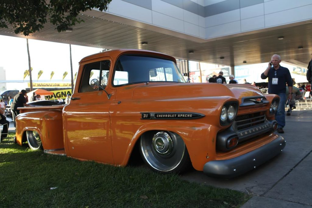 trucks of sema 2016 stepside chevy truck metalworks