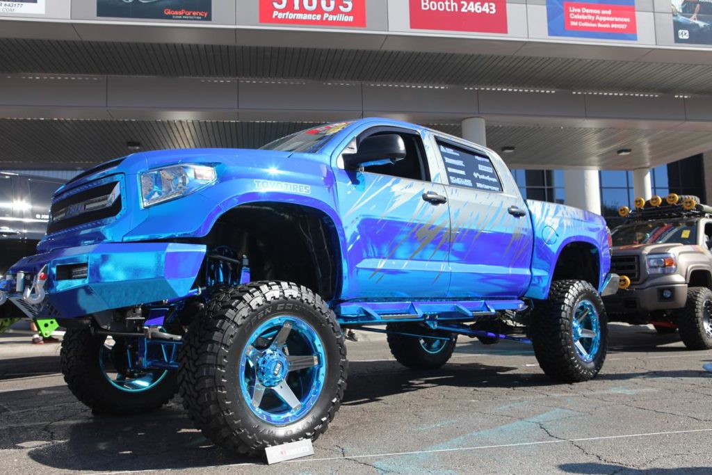 tucks of sema 2016 lifted toyota tundra metalworks