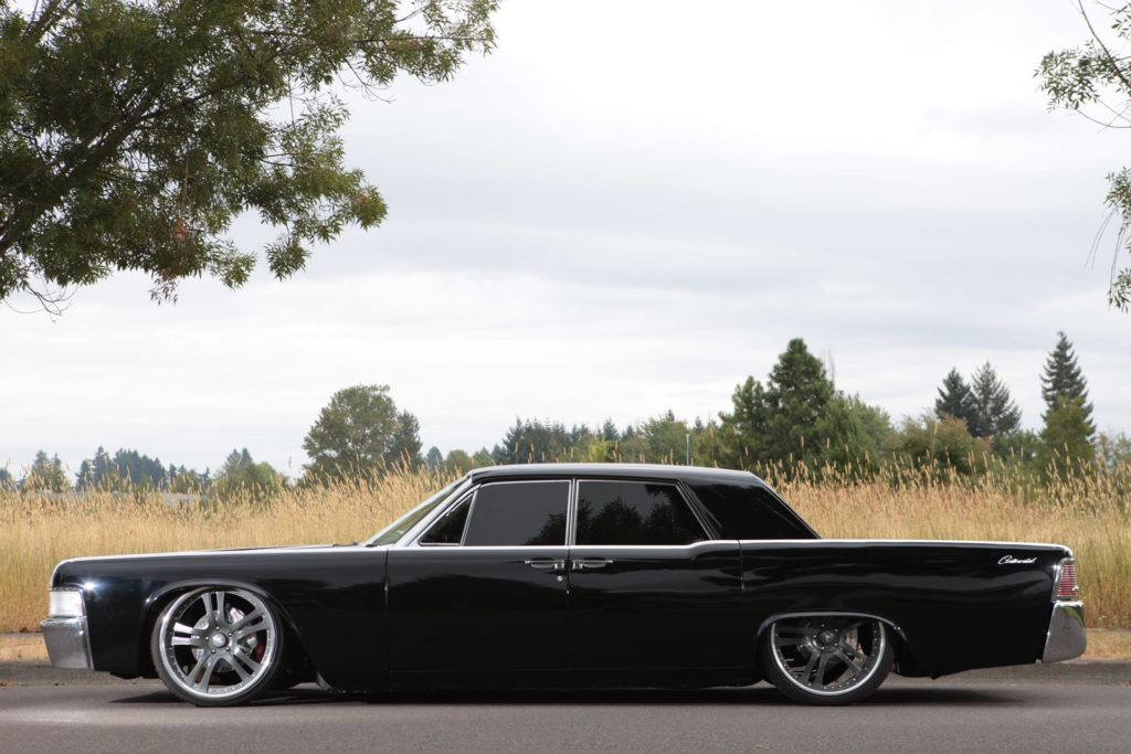 Metalworks Classic Auto Speed Shop 1965 Lincoln Continental
