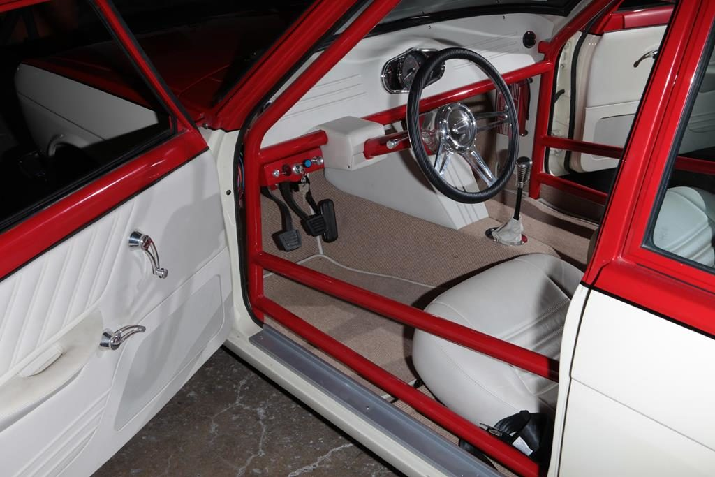 datsun 510 sss custom interior roll cage metalworks oregon
