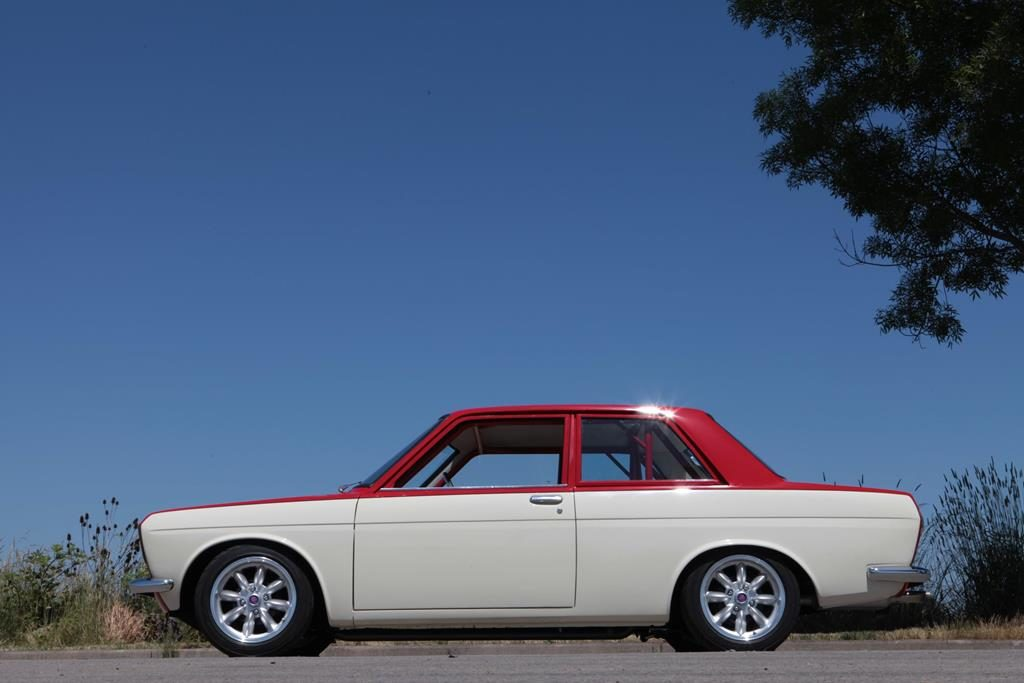 MetalWorks Classic Auto & Speed Shop - Datsun 510 Hot Rod