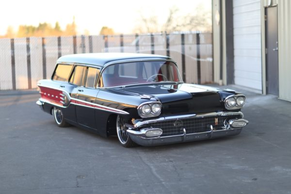 1958 Pontiac Safari Station Wagon